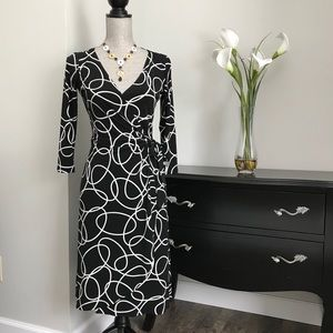 Maggy London Geometric Contemporary Wrap Dress
